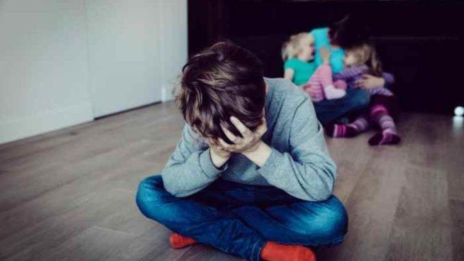 Kesan Anak Yang Dibiarkan Tidak Dapat Kasih Sayang Ayah